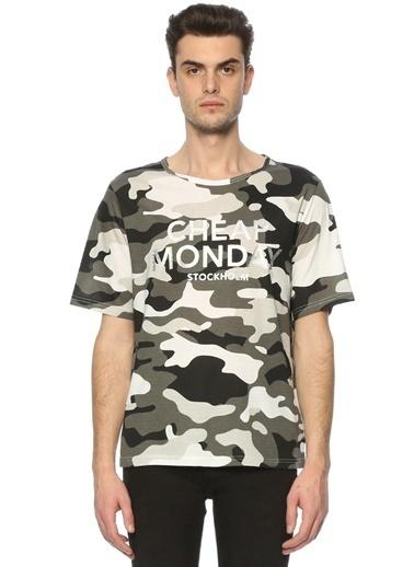 Tişört-Cheap Monday